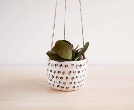 Hanging Ceramic Pot Manufacturers