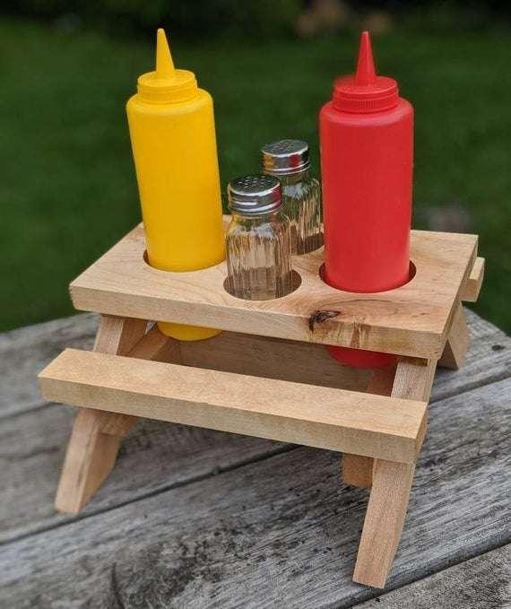 盐胡椒野餐桌 制造商