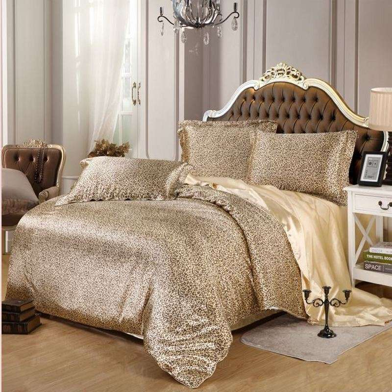 缎面印花床罩 制造商