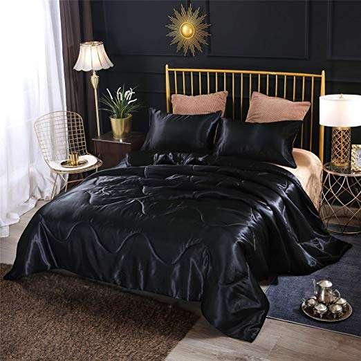 缎面风格床罩 制造商