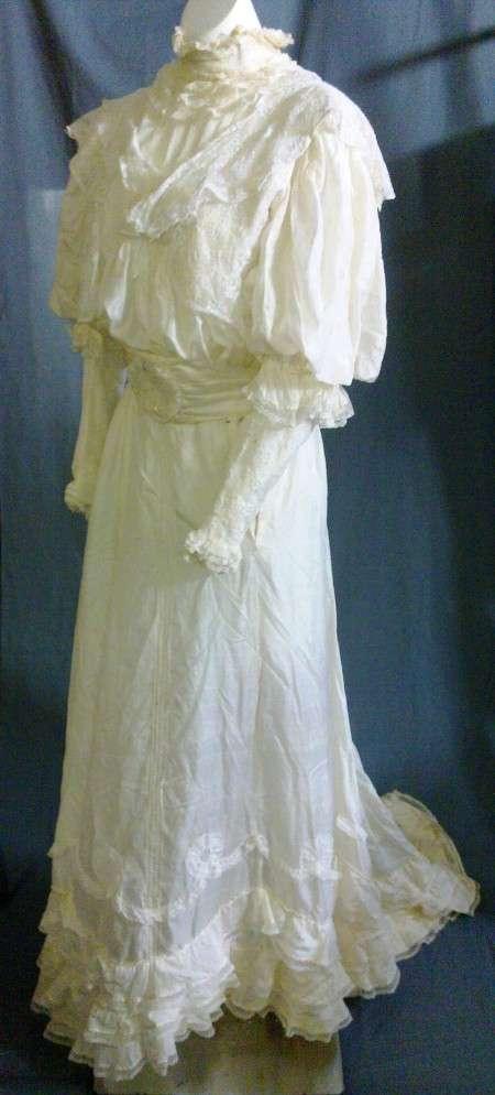Silk Wedding Dres Manufacturers