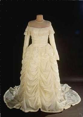 Silk Wedding Dress Manufacturers