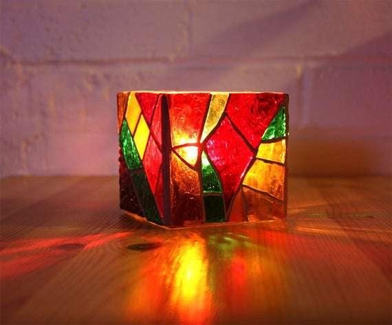 彩色玻璃烛台 制造商