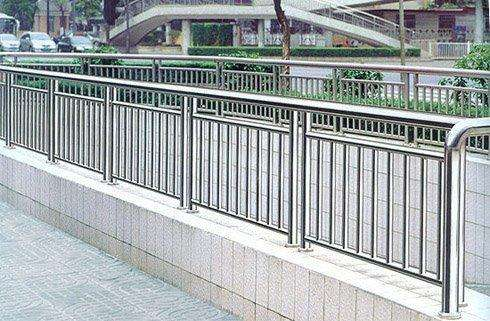 Stainless Steel Fencing Manufacturers