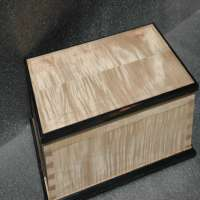 Handcrafted Wooden Box Manufacturers