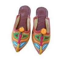 传统的鞋类 制造商