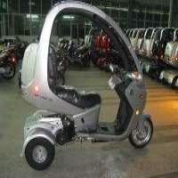 150cc 3轮电动滑板车