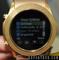 金色手表手机触摸屏