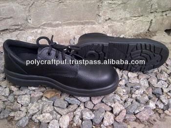RR安全鞋产业工人