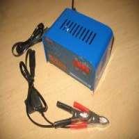 叉车电池充电器