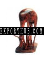 木制鹿雕像
